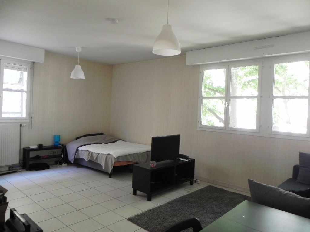 appartement-montpellier-1-piece-s-36-26-m2-garage